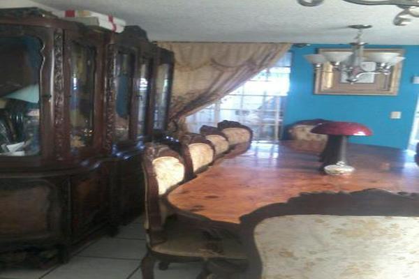 Foto de casa en venta en  , arboledas infonavit, uruapan, michoacán de ocampo, 8031616 No. 02