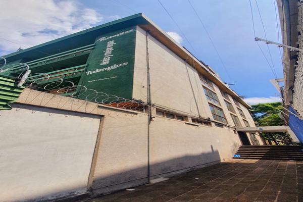 Foto de edificio en venta en  , arcos vallarta, guadalajara, jalisco, 0 No. 02