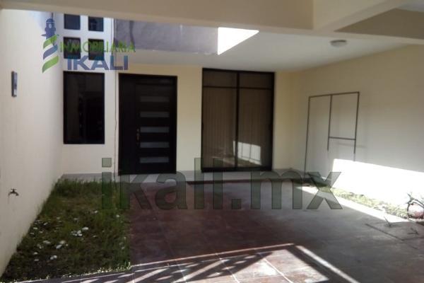 Foto de casa en venta en  , arroyo del maíz, poza rica de hidalgo, veracruz de ignacio de la llave, 5666500 No. 01