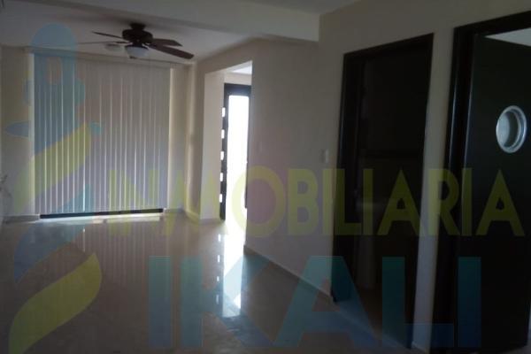 Foto de casa en venta en  , arroyo del maíz, poza rica de hidalgo, veracruz de ignacio de la llave, 5666500 No. 04