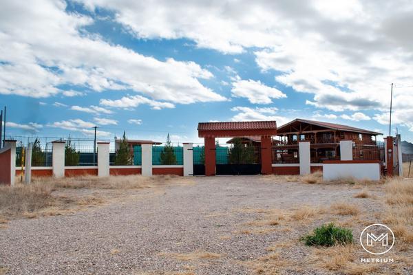 Foto de casa en venta en  , avalos, chihuahua, chihuahua, 12339399 No. 01