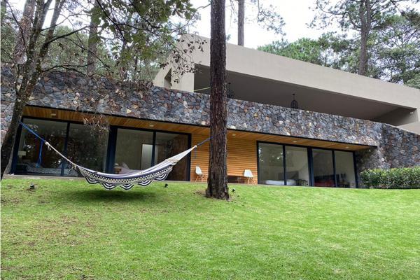 Foto de casa en condominio en venta en  , avándaro, valle de bravo, méxico, 10203946 No. 01