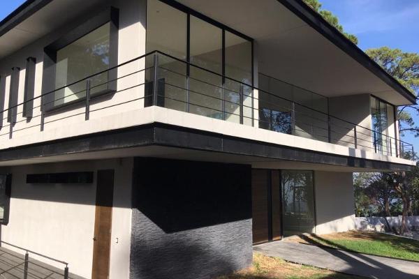 Foto de casa en venta en  , avándaro, valle de bravo, méxico, 5913955 No. 01