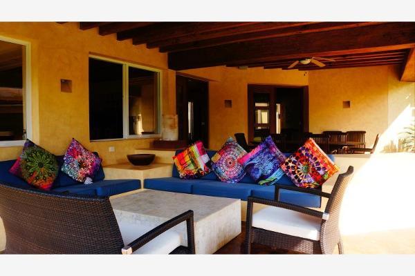 Foto de casa en venta en  , avándaro, valle de bravo, méxico, 6184652 No. 05
