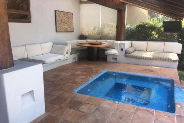Foto de casa en venta en  , avándaro, valle de bravo, méxico, 6187813 No. 01