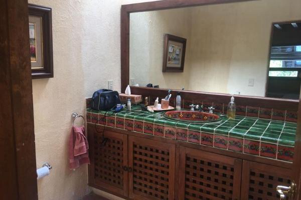 Foto de casa en venta en  , avándaro, valle de bravo, méxico, 6187813 No. 18