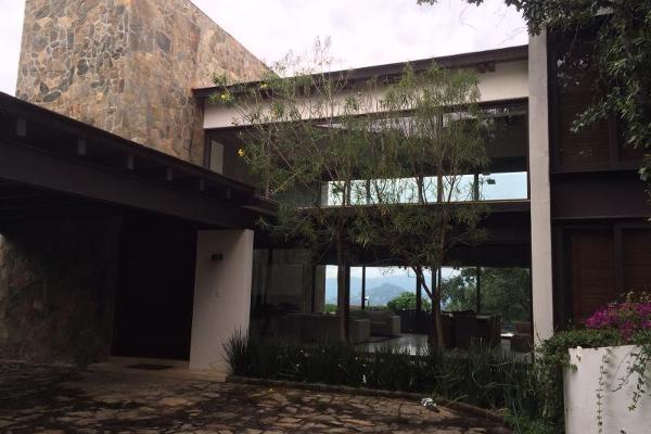Foto de casa en venta en  , avándaro, valle de bravo, méxico, 6201124 No. 02