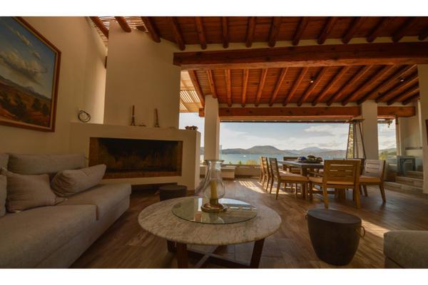 Foto de casa en condominio en venta en  , avándaro, valle de bravo, méxico, 9305003 No. 02