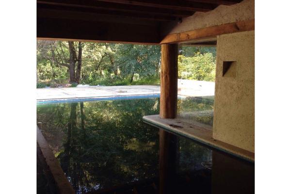 Foto de casa en venta en  , avándaro, valle de bravo, méxico, 9305557 No. 02