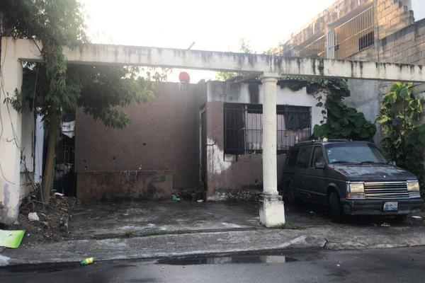 Foto de terreno habitacional en venta en avenida 35 entre 42 y 44 , playa del carmen centro, solidaridad, quintana roo, 15239109 No. 02