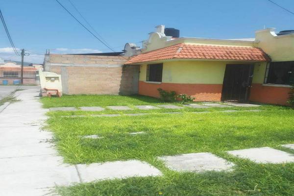Foto de casa en venta en avenida aldama pvd3 lt8 , celerino manzanares, tlaquiltenango, morelos, 0 No. 02