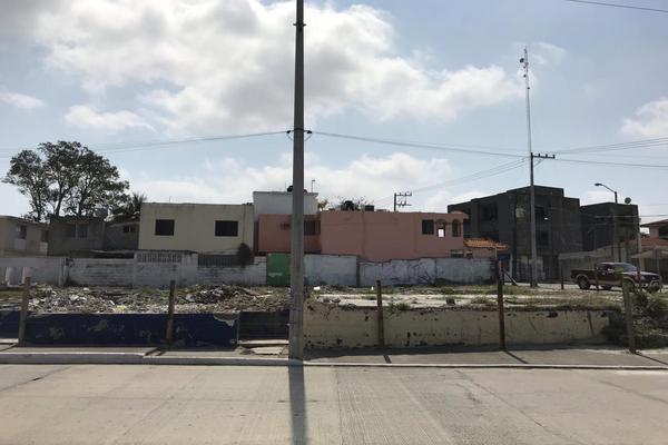 Foto de terreno habitacional en venta en avenida ayuntamiento , petrolera, tampico, tamaulipas, 15227389 No. 01