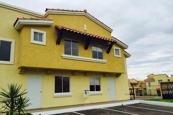 Foto de casa en condominio en venta en avenida barlovento , cumbres de conín tercera sección, el marqués, querétaro, 8385222 No. 02