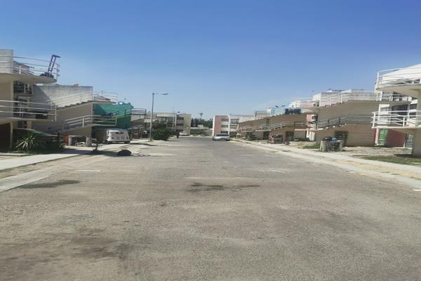 Foto de departamento en venta en avenida cabeza de hierro 152, san jose del valle, tlajomulco de zúñiga, jalisco, 0 No. 02