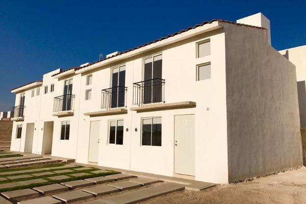 Foto de casa en venta en avenida cerca de ciudad del sol , ciudad del sol, querétaro, querétaro, 3610128 No. 01