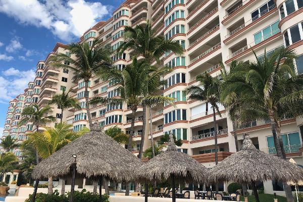 Foto de casa en condominio en venta en avenida cerritos , cerritos resort, mazatlán, sinaloa, 6179739 No. 01