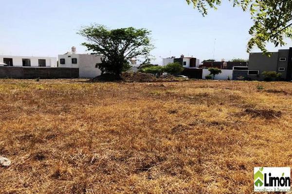 Foto de terreno habitacional en venta en avenida constitución , victoria, colima, colima, 0 No. 03