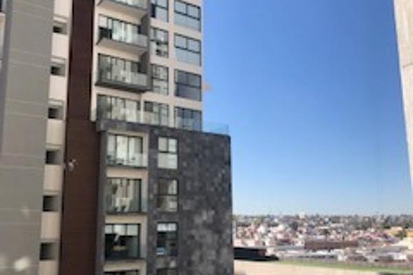 Foto de departamento en renta en avenida constituyentes oriente 40 , villas del sol, querétaro, querétaro, 12810332 No. 01