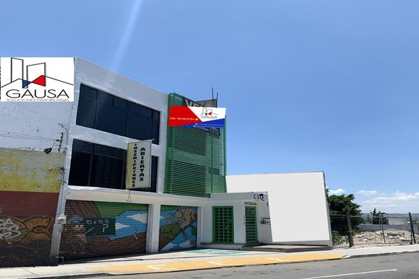 Foto de edificio en renta en avenida corregidora norte , el cerrito, querétaro, querétaro, 18731882 No. 02