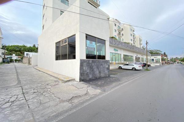 Foto de local en venta en avenida cuauhtémoc , jacarandas, cuernavaca, morelos, 17225141 No. 02
