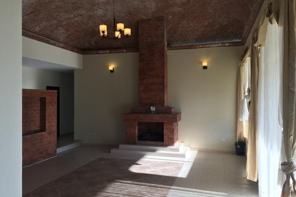 Foto de casa en venta en avenida de las cùpulas , el tanque de los jimenez, aguascalientes, aguascalientes, 6153890 No. 02