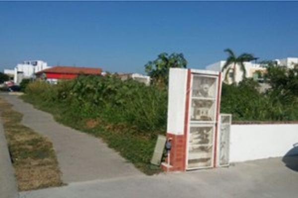 Foto de terreno habitacional en venta en avenida de los grandes lagos 197, puerto vallarta centro, puerto vallarta, jalisco, 4644213 No. 02