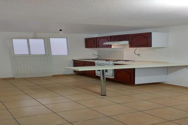 Foto de casa en venta en avenida de los jadines , hacienda del jardín ii, tultepec, méxico, 8661018 No. 03