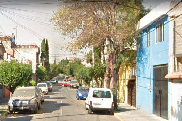 Foto de casa en venta en avenida de los reyes 000, los reyes ixtacala 1ra. sección, tlalnepantla de baz, méxico, 0 No. 01