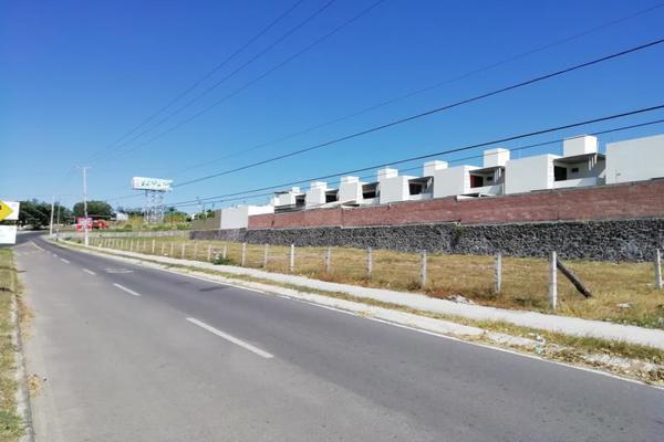 Foto de terreno comercial en venta en avenida enrique corona morfín lote 3, colinas del rey, villa de álvarez, colima, 18608333 No. 04