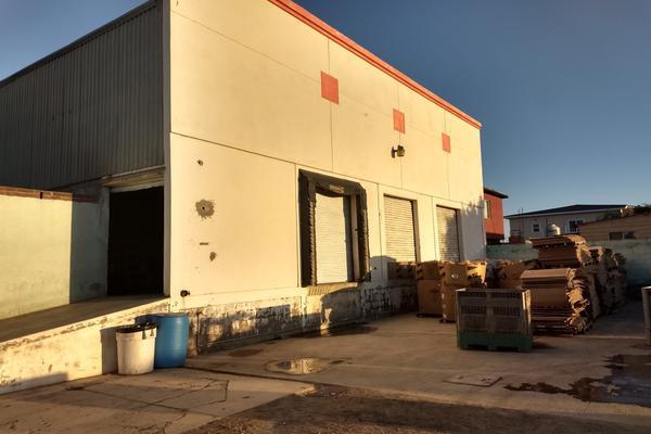 Foto de bodega en venta en avenida felix cordova , chapultepec, ensenada, baja california, 5774966 No. 01