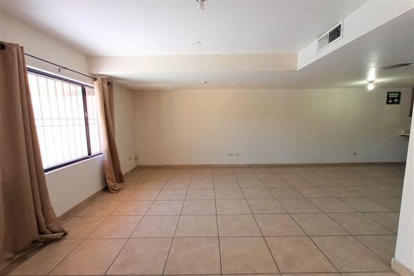 Foto de casa en venta en avenida gomez farias , nueva, mexicali, baja california, 0 No. 02