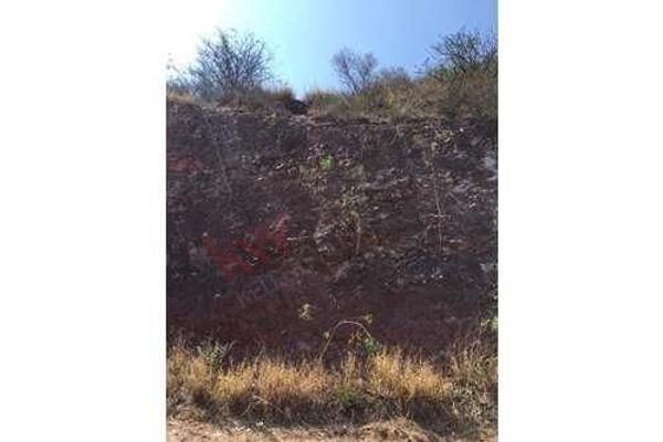 Foto de terreno habitacional en venta en avenida hércules ex hacienda de carretas , hércules, querétaro, querétaro, 5971852 No. 04