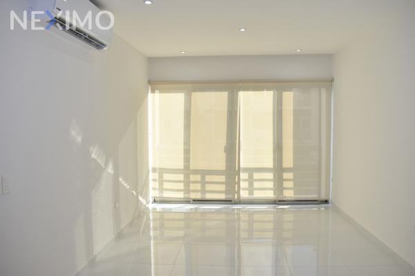 Foto de departamento en venta en avenida huayacán 109, supermanzana 57, benito juárez, quintana roo, 7179542 No. 02