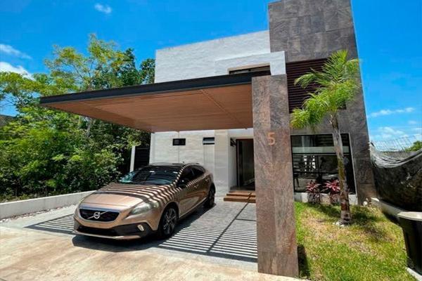 Foto de casa en venta en avenida huayacan , valladolid nuevo, lázaro cárdenas, quintana roo, 20555168 No. 01