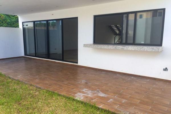 Foto de casa en venta en avenida huayacan , valladolid nuevo, lázaro cárdenas, quintana roo, 20555168 No. 02