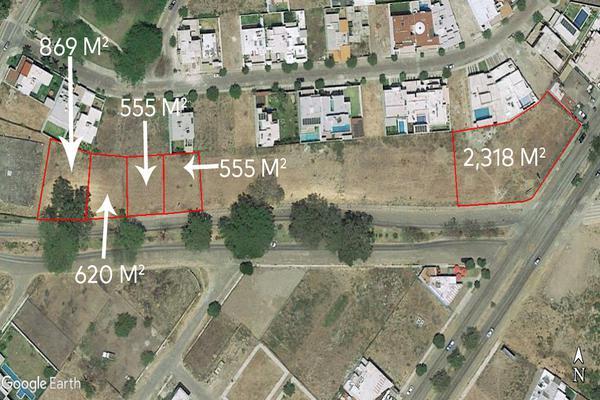 Foto de terreno habitacional en venta en avenida ignacio sandoval 4 , parque royal, colima, colima, 18748879 No. 01