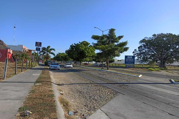 Foto de terreno habitacional en venta en avenida ignacio sandoval 4 , parque royal, colima, colima, 18748879 No. 04