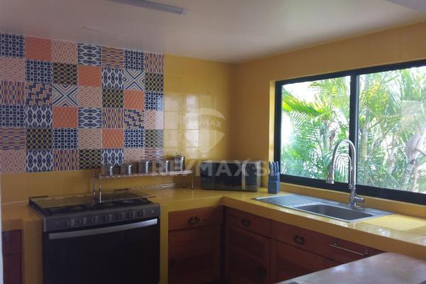 Foto de casa en venta en avenida la rica , villas del mesón, querétaro, querétaro, 9280856 No. 03