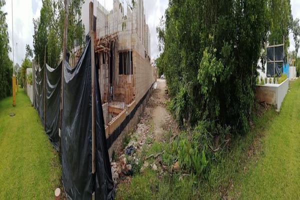 Foto de terreno habitacional en venta en avenida las antillas , lagos del sol, benito juárez, quintana roo, 0 No. 06