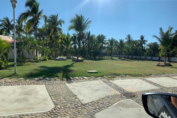 Foto de terreno industrial en venta en avenida las palmas 70, playa diamante, acapulco de juárez, guerrero, 8395820 No. 01
