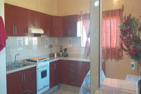 Foto de casa en venta en avenida las palmas , jardines de la calera, tlajomulco de zúñiga, jalisco, 14031542 No. 03