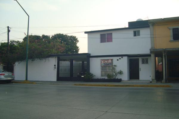 Foto de casa en venta en avenida monterrey 295, unidad nacional, ciudad madero, tamaulipas, 8141221 No. 01