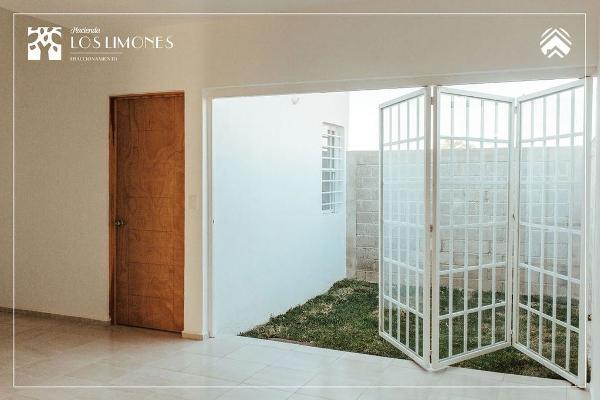 Foto de casa en venta en avenida niños héroes , puerta de hierro, villa de álvarez, colima, 0 No. 06