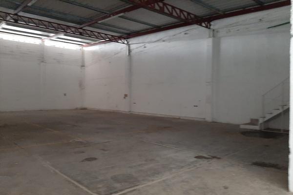 Foto de bodega en renta en avenida oaxactun avenida industrial 2, región 97, benito juárez, quintana roo, 0 No. 03