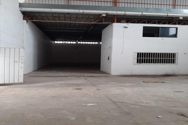 Foto de bodega en renta en avenida oaxactun avenida industrial 2, región 97, benito juárez, quintana roo, 0 No. 04