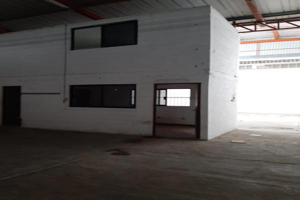 Foto de bodega en renta en avenida oaxactun avenida industrial 2, región 97, benito juárez, quintana roo, 0 No. 05