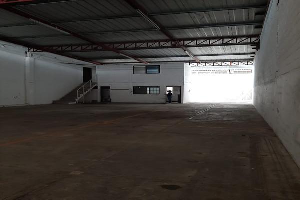 Foto de bodega en renta en avenida oaxactun avenida industrial 2, región 97, benito juárez, quintana roo, 0 No. 06