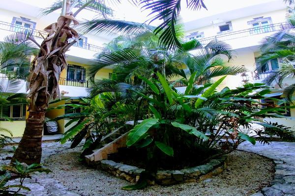 Foto de departamento en venta en avenida palenque a 100 metros de la avenida tulum , tulum centro, tulum, quintana roo, 7253821 No. 01