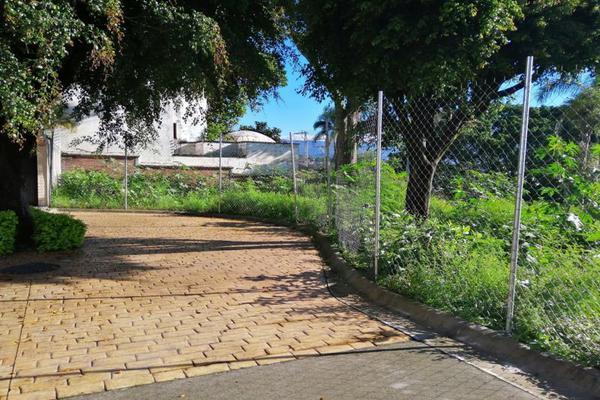 Foto de terreno habitacional en venta en avenida palmira 29, palmira tinguindin, cuernavaca, morelos, 16729019 No. 02