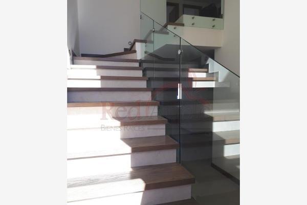 Foto de casa en venta en avenida paseo de los pirineos 001, valle escondido, chihuahua, chihuahua, 6171574 No. 01